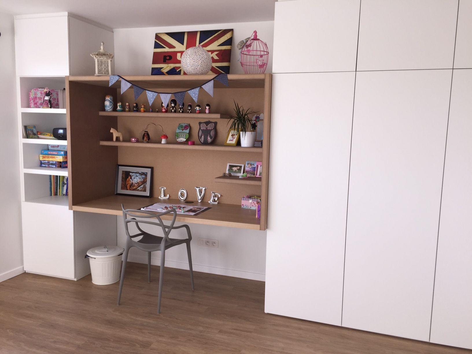 Un module dessin par un architecte et r alis sur mesure par amg pour la chambre d 39 une petite - Amenager un placard en bureau ...