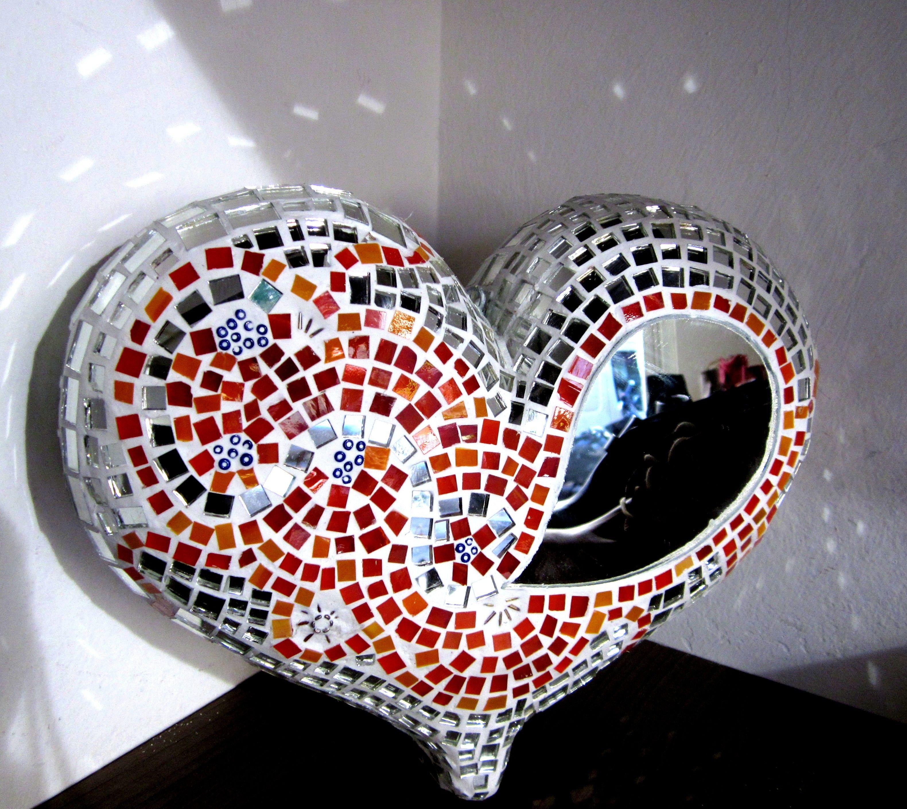 un corazon colgante en 3D