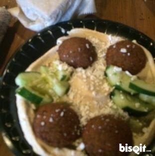 Falafel Hummus Plate
