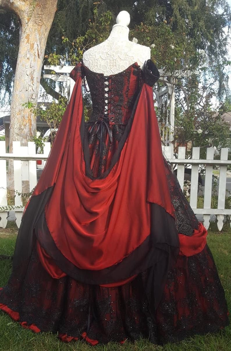 Photo of Gothic Wedding Belle Red/black lace Fantasy Gown!  Upscale C…
