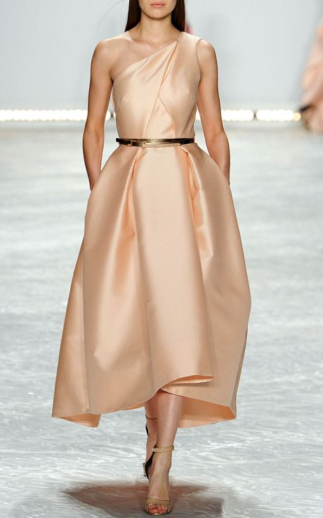 NY Fashion Week, preorder Monique Lhuillier Spring/Summer 2015 Trunkshow Look 31 - Petal Silk Mikado One-Shoulder Dress