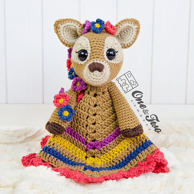 Meadow the Sweet Fawn Lovey pattern by Carolina Guzman | Manta