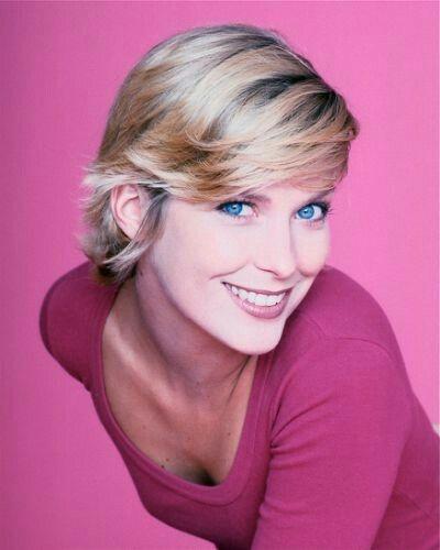 Valerie Niehaus | Schauspieler, Promis, Frisuren