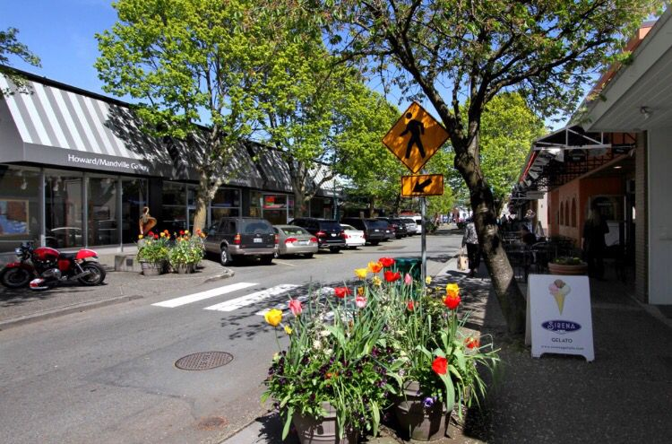 Downtown Kirkland Wa