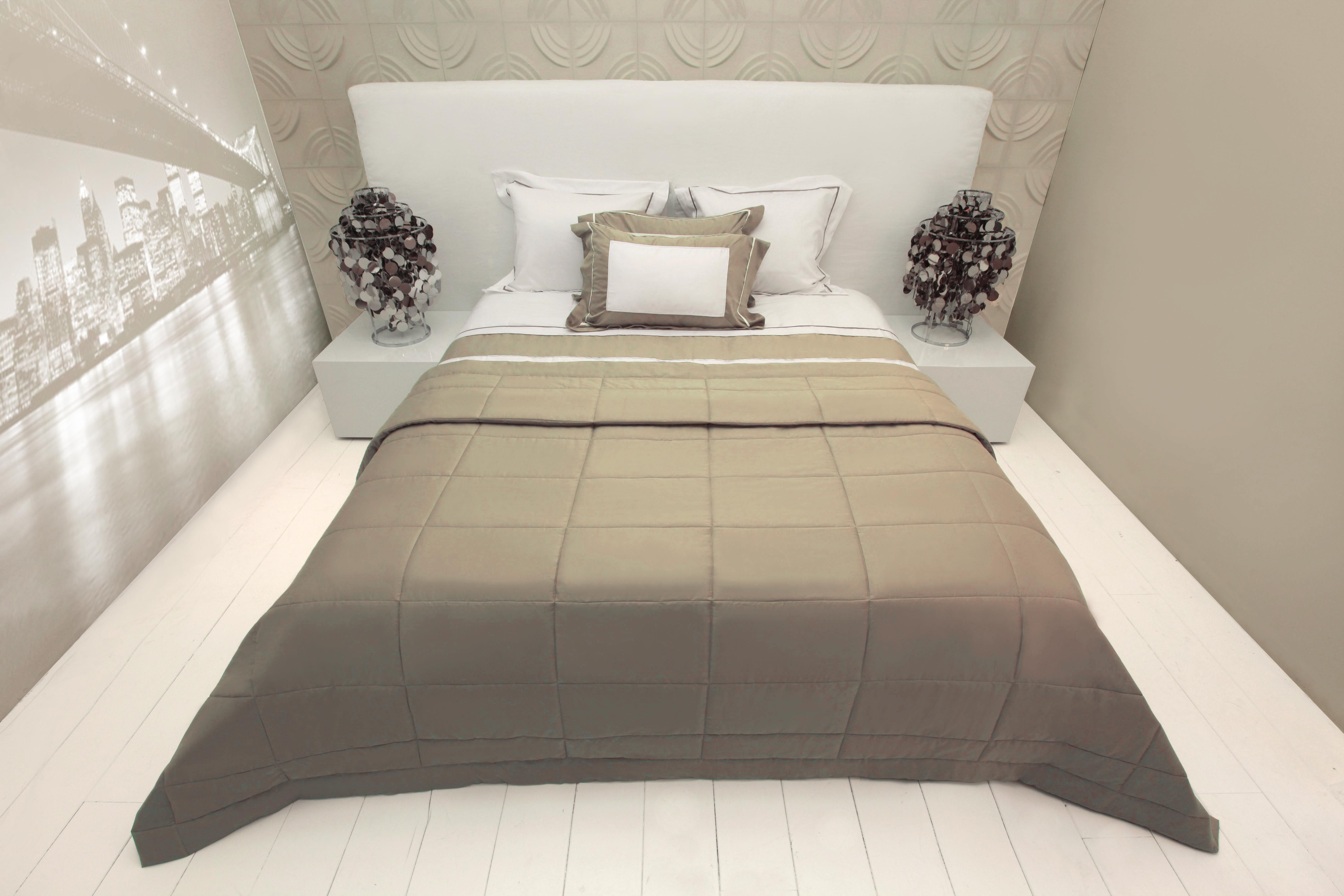 Superior Luxury Bedding Monique Des Bouvrie