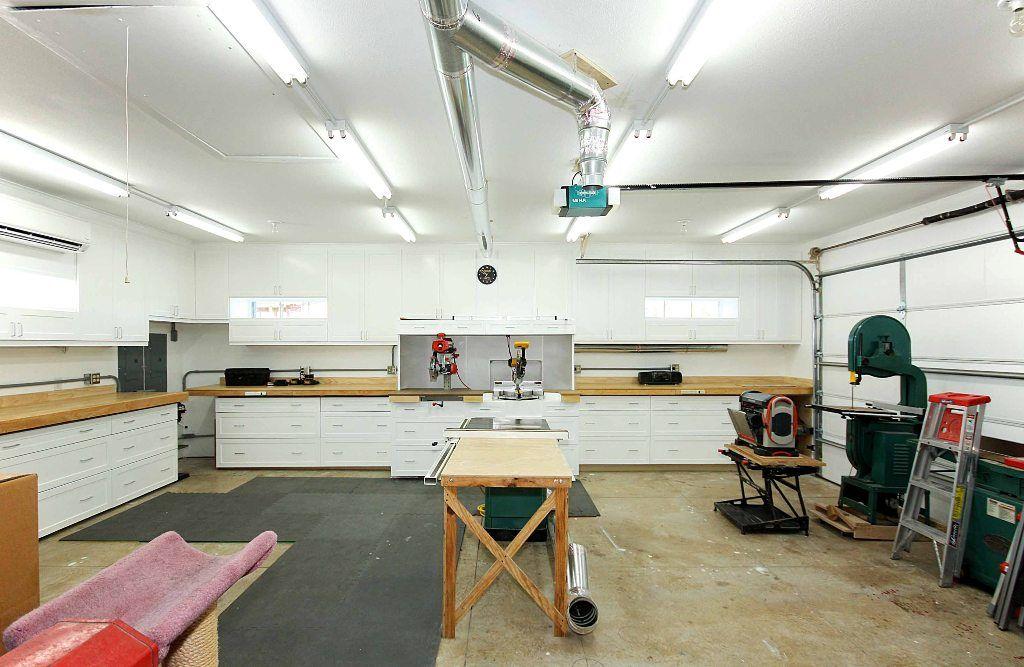 Two Car Garage Interior Design Ideas