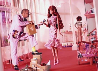 CON DOS TACONES: BARBIE by CHRISTIAN LOUBOUTIN