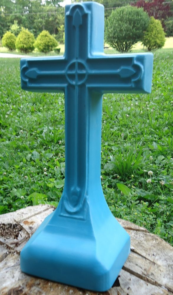 Cement Concrete Mold Plastic Cross Mold Made From 3 16