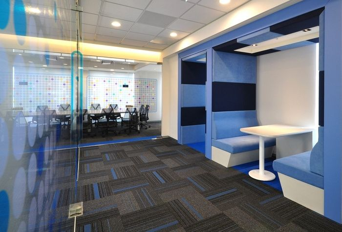Office Tour Insurance Company S Offices Taipei Retail Design