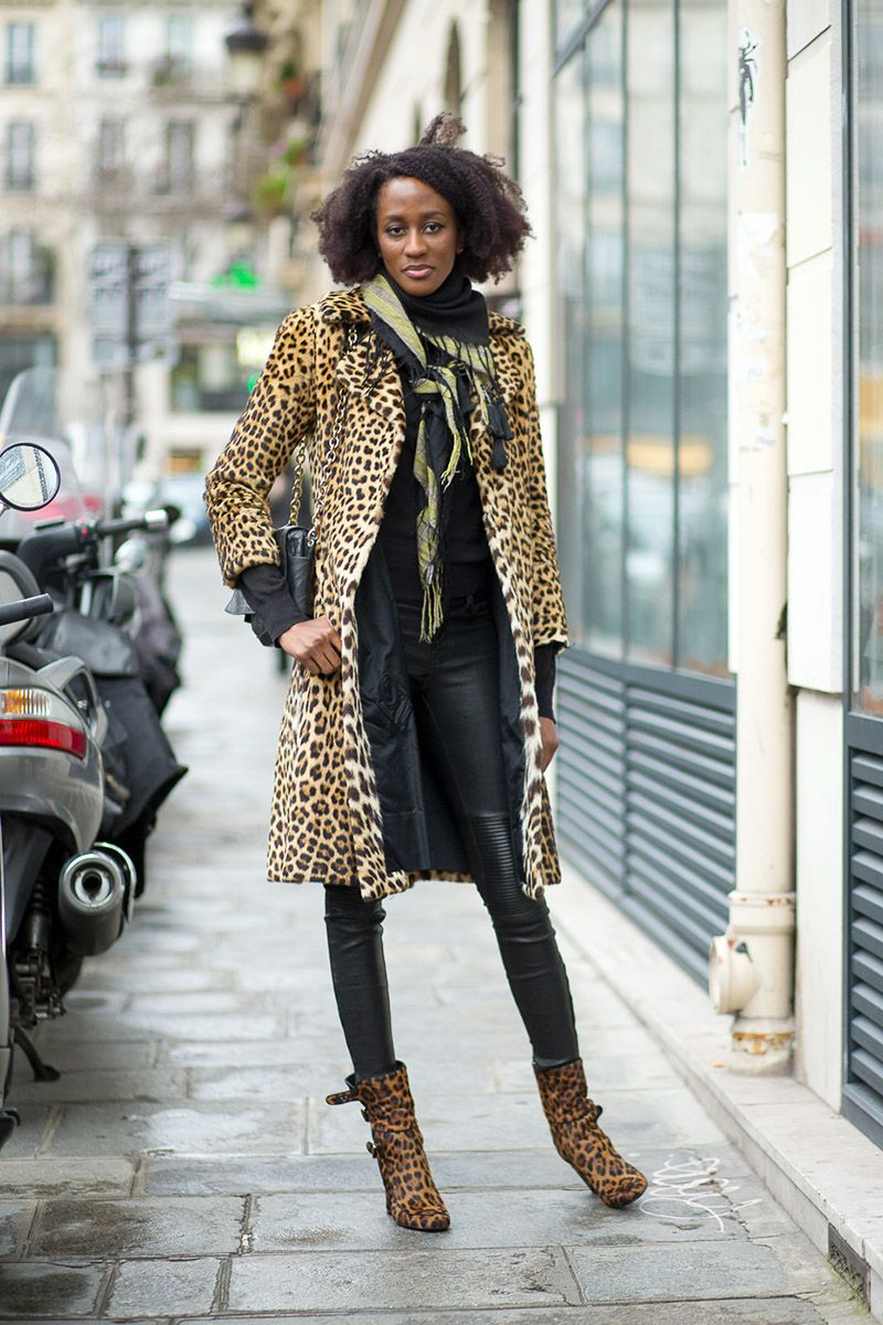 Prints in street style. Leopard coat at Paris Couture Week.