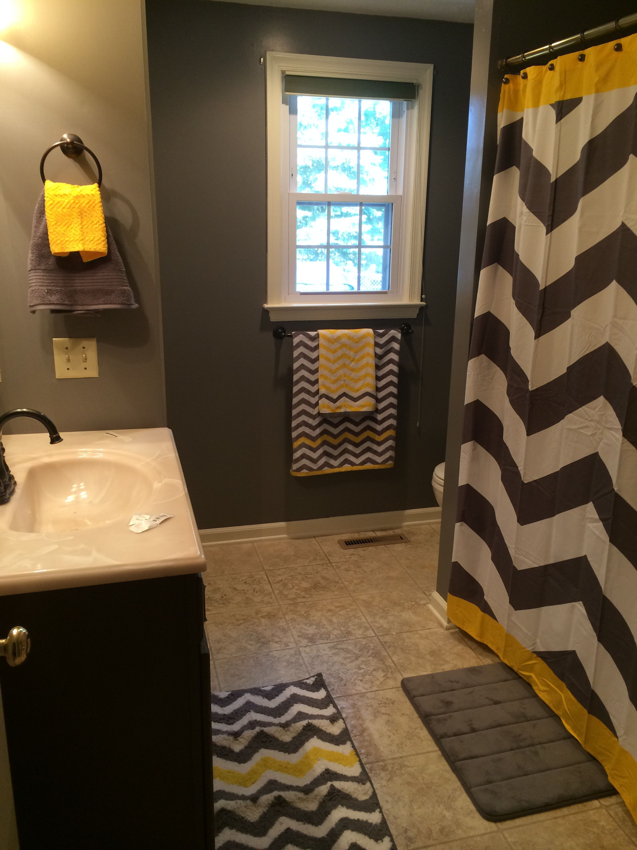 gray and yellow chevron bathroom or substitute the yellow for any color home country ideas. Black Bedroom Furniture Sets. Home Design Ideas