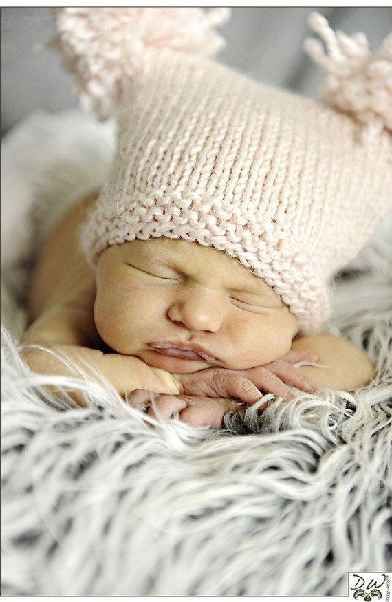 KNITTING PATTERN Pom Pom Hat - newborn, baby, photo prop, DIY ...