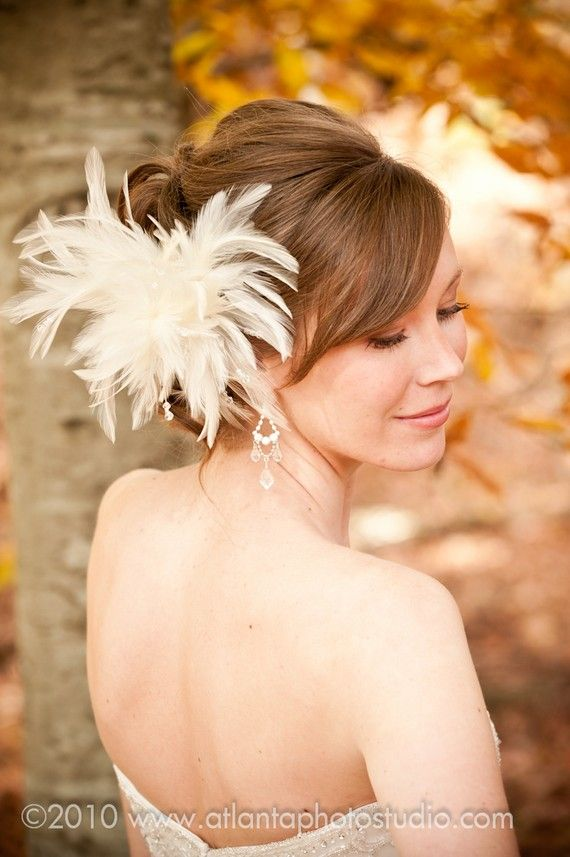 Vintage Bridal Hair Fascinator in ivory Feathers, Wedding