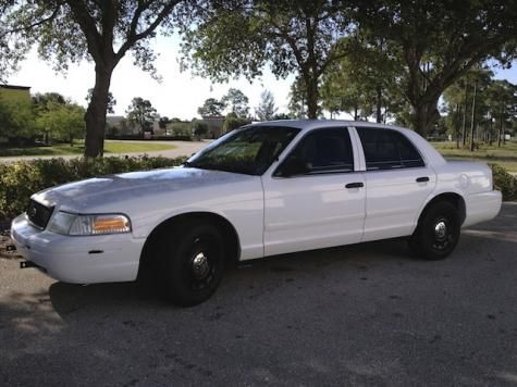2005 Ford Crown Victoria P 71 Sedan For Under 4000 Dollars In Florida Cheap Cars For Sale Cheap Cars For Sale Ford Car Ford
