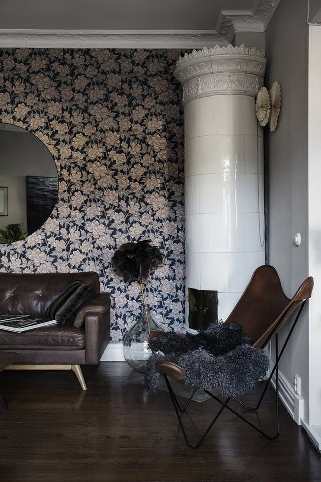 A delightfully moody swedish apartment that rejects for Hangedekoration wohnzimmer