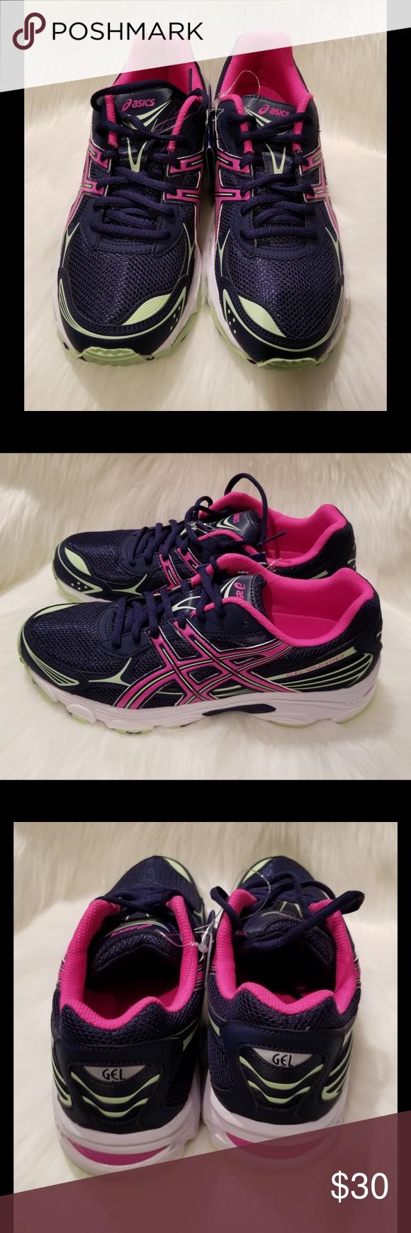 Womens running shoes, Running shoe