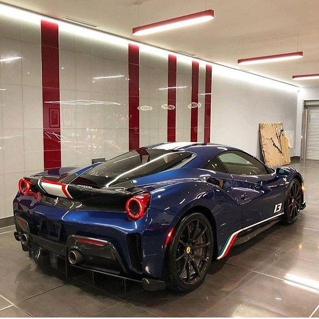Ferrari Voiture
