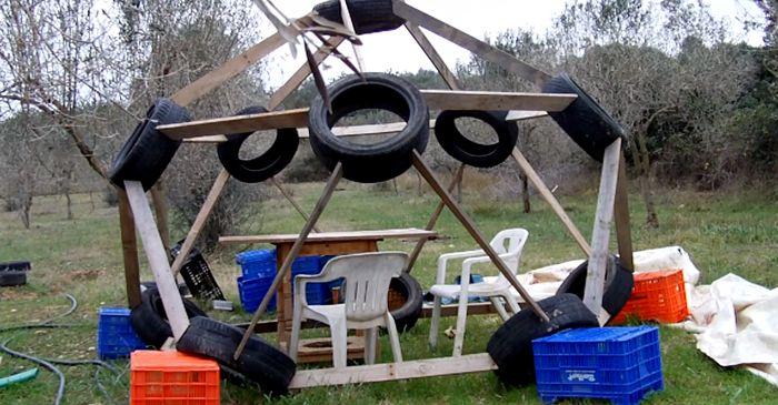dome g od sique pneus greenhouse serre pinterest chantier cabanes et rangement. Black Bedroom Furniture Sets. Home Design Ideas