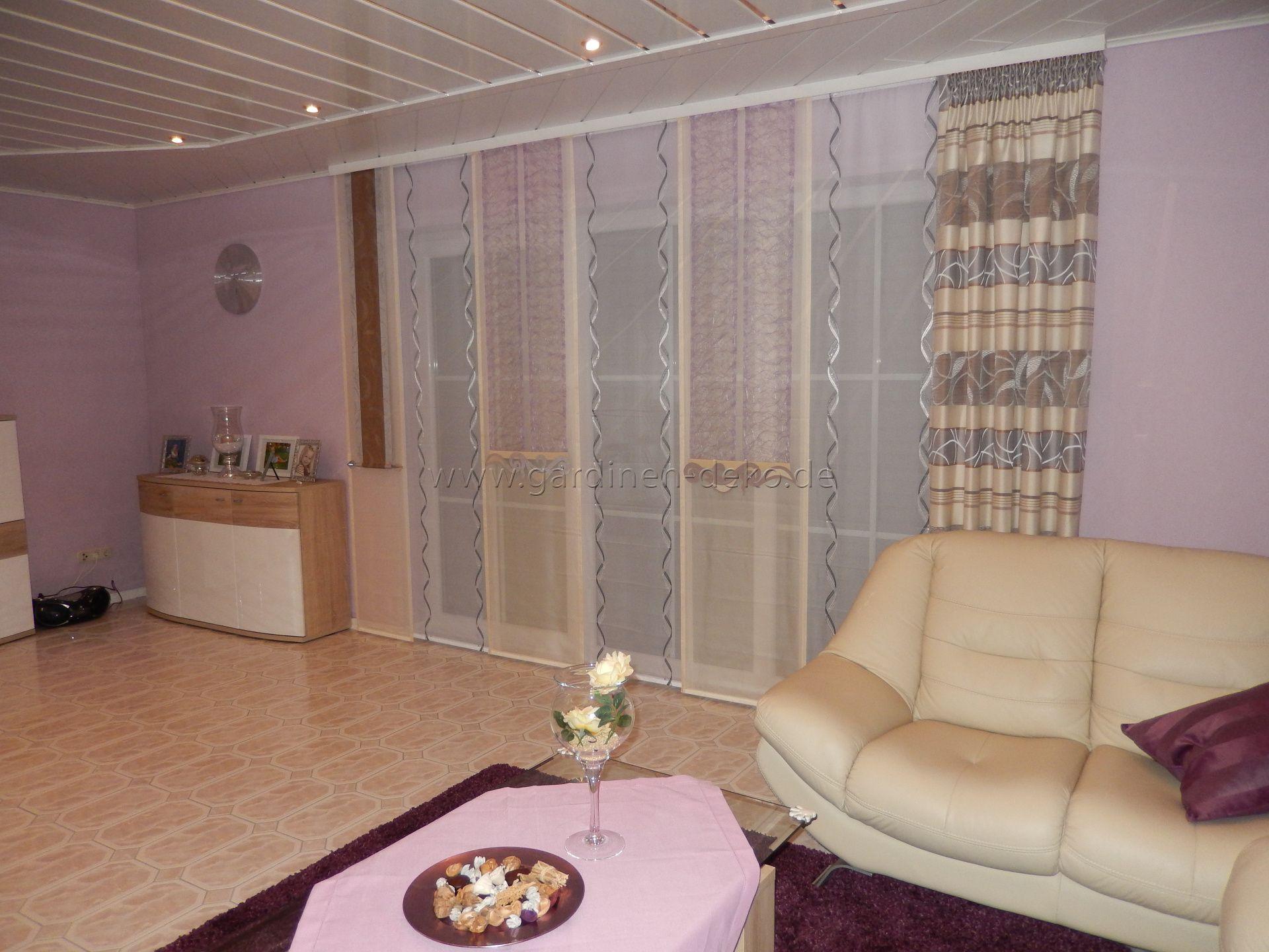 Wohnzimmer vorhänge ~ Wohnzimmer schiebevorhang mit dominanten beigetönen