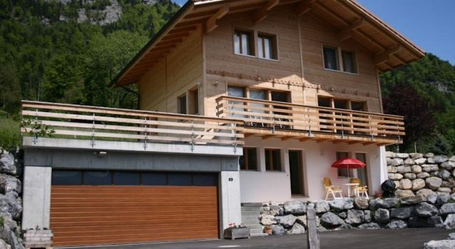 Chalet Mack - #Apartments - EUR 60 - #Hotels #Schweiz #Brienzwiler http://www.justigo.de/hotels/switzerland/brienzwiler/chalet-mack_2896.html