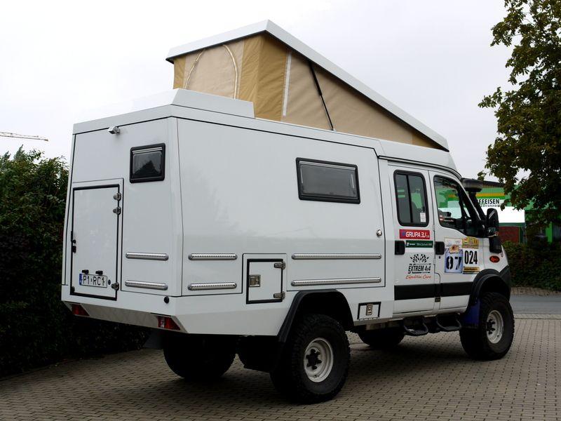 custom campers iveco 4x4 overlanding expedition vehicles pinterest custom campers 4x4. Black Bedroom Furniture Sets. Home Design Ideas