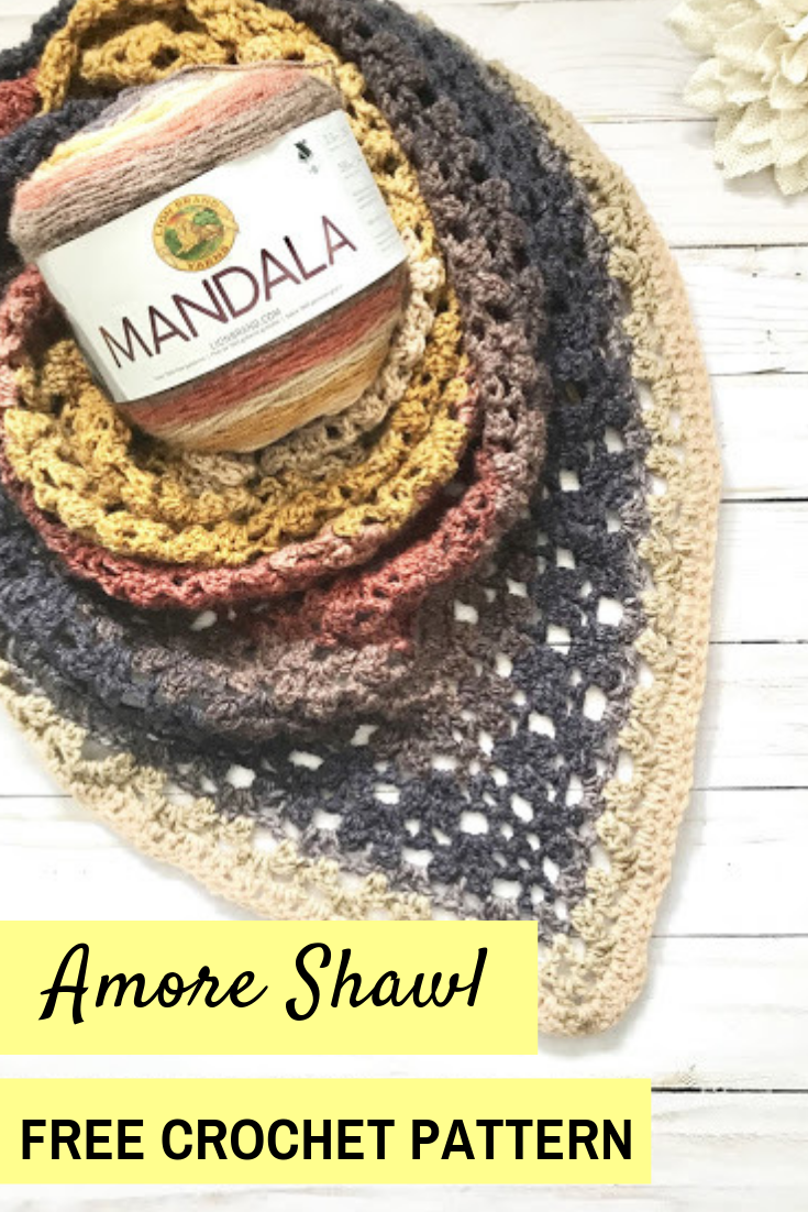 A FREE crochet triangle shawl pattern: the Amore Shawl, an easy women's crochet pattern! #crochet #crocheting #crochetshawl #crochetlove #crochetpattern #freecrochetpatterns