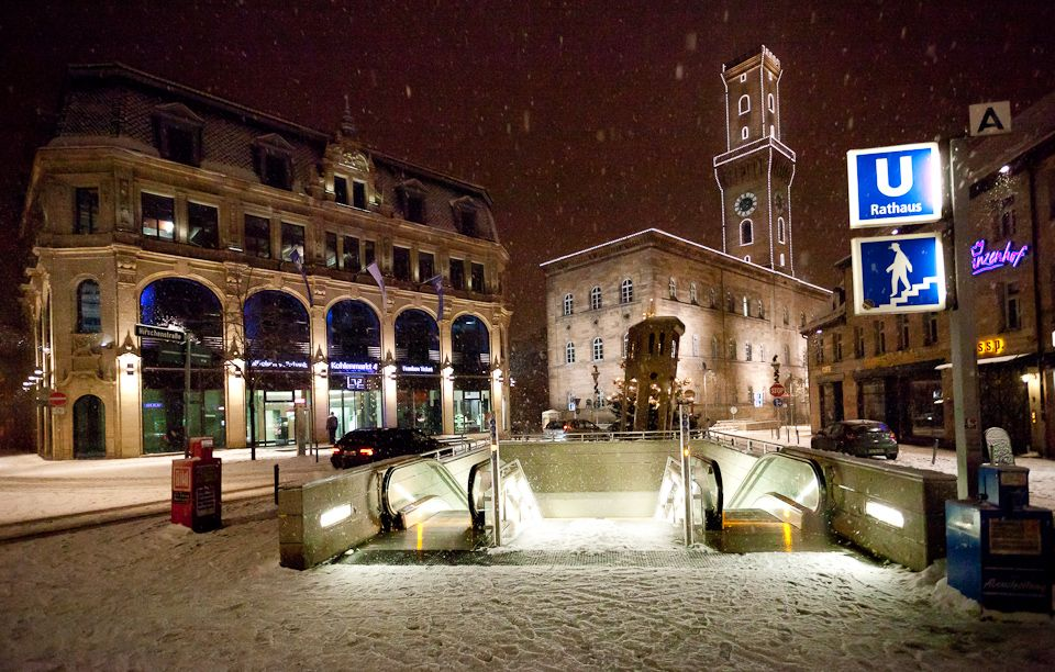 Fuerther Rathaus und Kohlenmarkt | Stadt, Rathaus, Bilder