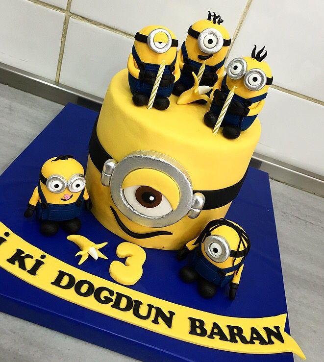 Minion Birthday Cake Cake Patisserie Food Pinterest