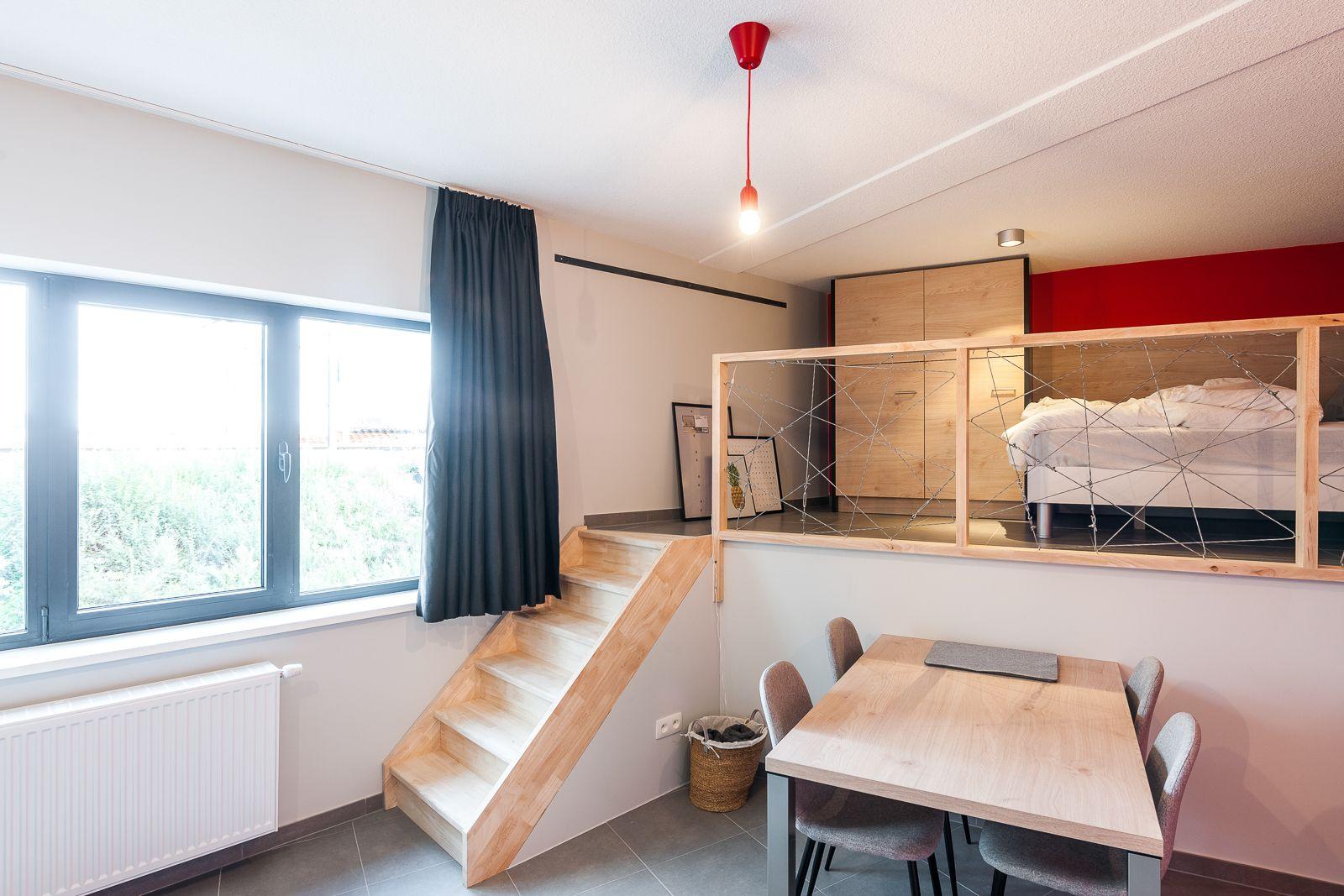 Studio in Timi Upkot. Student room, studentenkamer, studentenkot ...