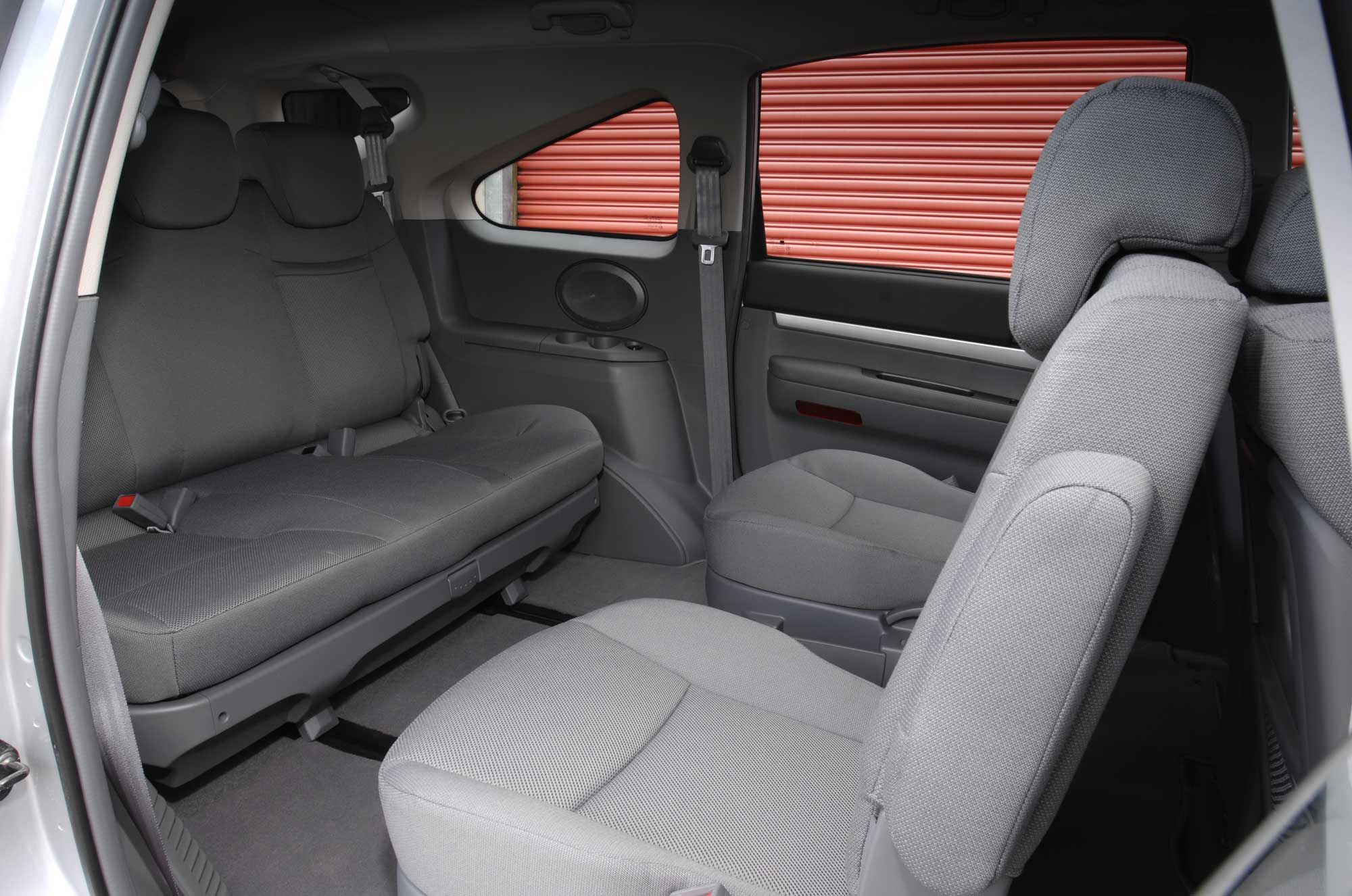 Ssangyong Rodius 11 Seater #26