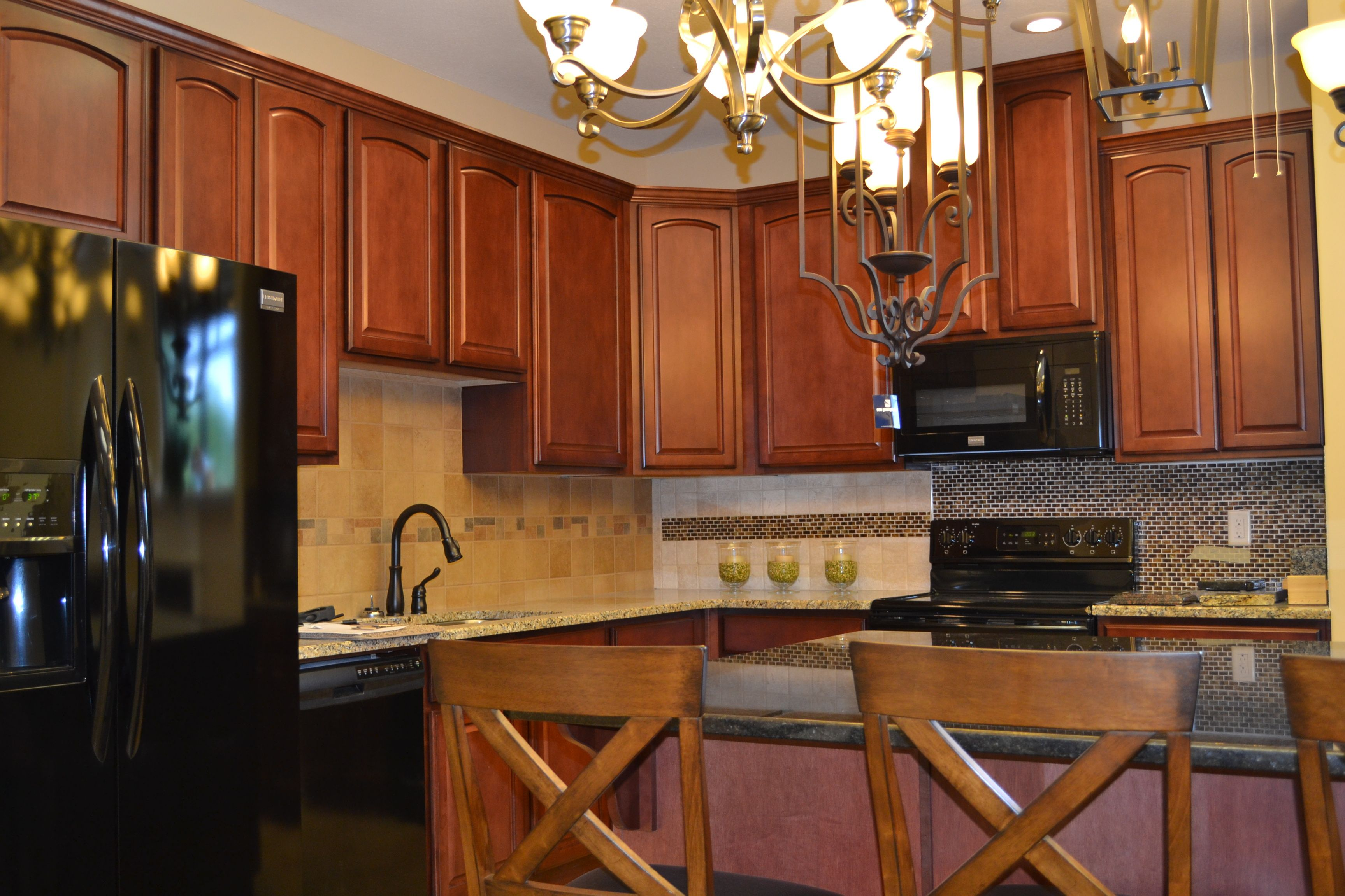 Come And Visit Our New Showroom At 2301 Airport Thruway In Columbus Ga Www Grayhawkhomesinc Com Kitchen Kitchen Design Home Kitchens