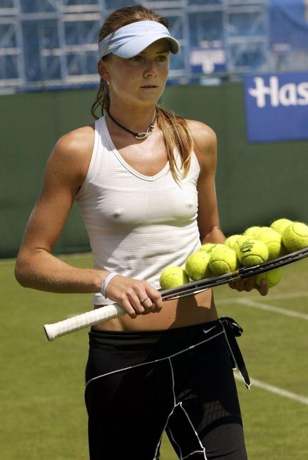 21 Embarrassing When You See It Images Of Female Tennis