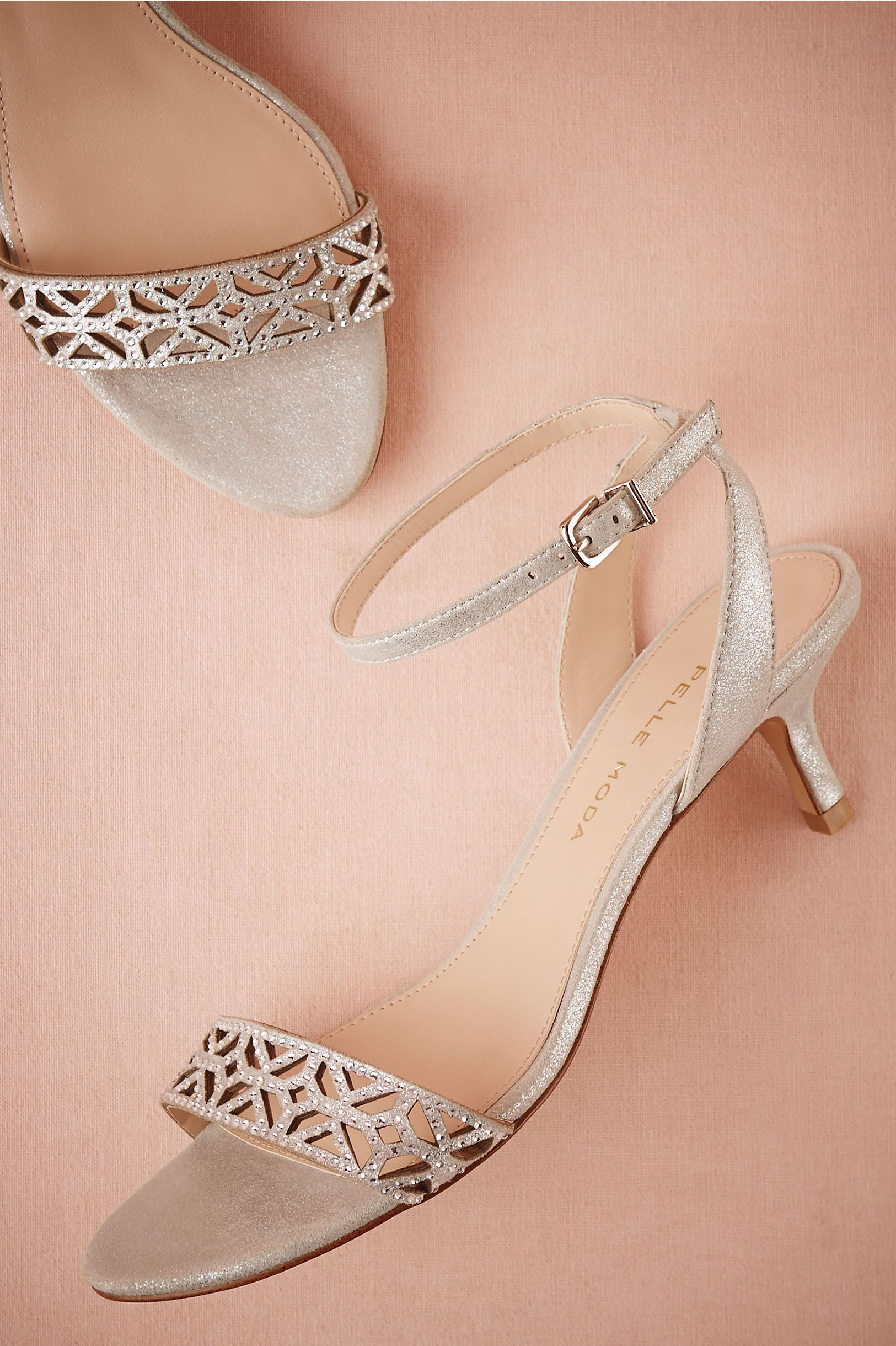 Wedding Wednesday Vintage Theme Ideas For Plus Size Brides Bride Shoes Bridal Shoes Kitten Heel Shoes