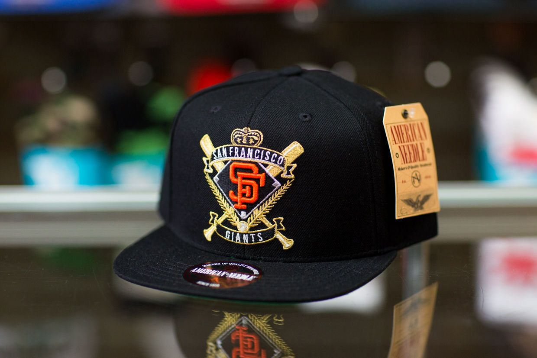 cf611429e American Needle San Francisco Giants Spirit Crest Snapback Hat ...