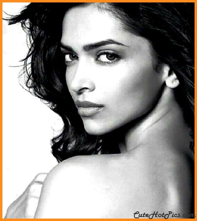 Super Gorgeous And Talented Deepika Padukone Wallpapers Sensational Hd Images Deepika Pad Deepika Padukone Deepika Padukone Wallpaper Deepika Padukone Movies