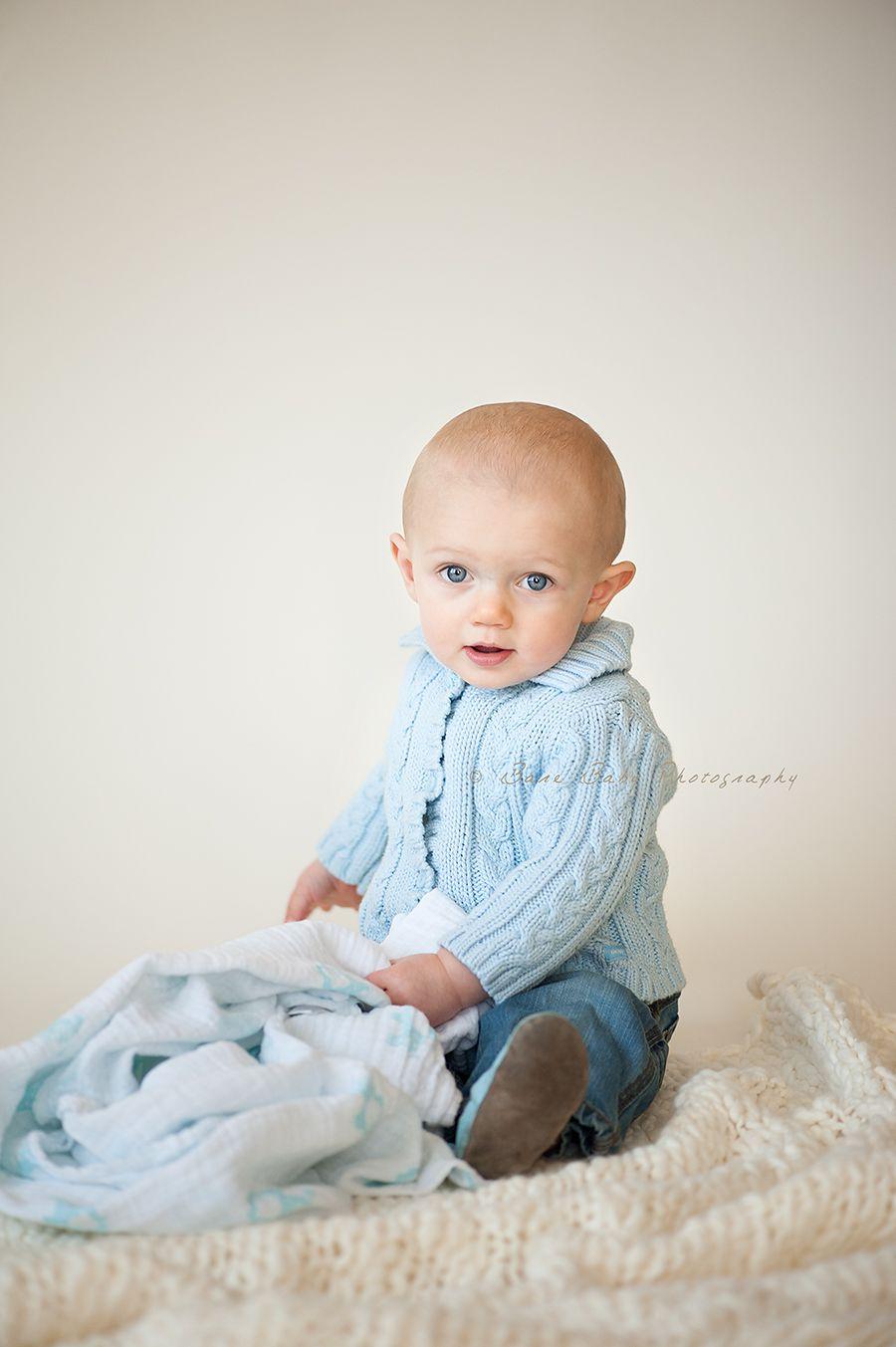 First year photos columbus ohio baby photographer indoor baby