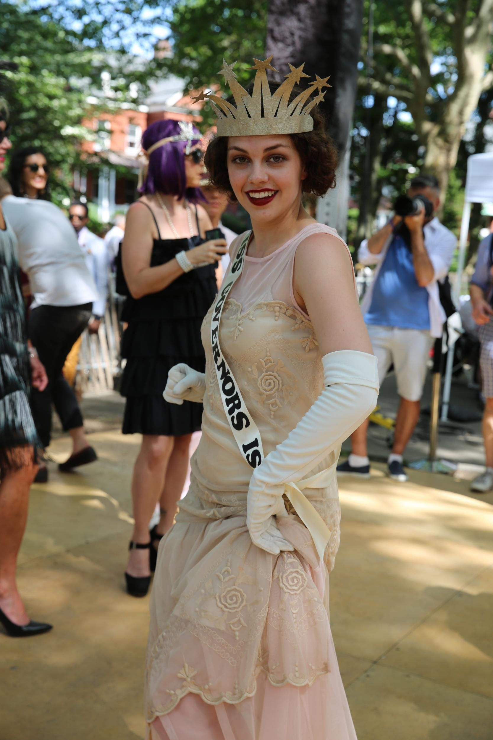 The Jazz Age Lawn Party Was a Marvel of u002720s-Inspired Dresses Hats and Hair  sc 1 st  Pinterest & The Jazz Age Lawn Party Was a Marvel of u002720s-Inspired Dresses Hats ...