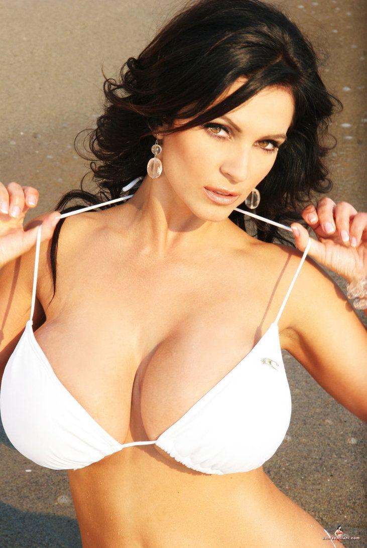 Видео порно богини denise milane