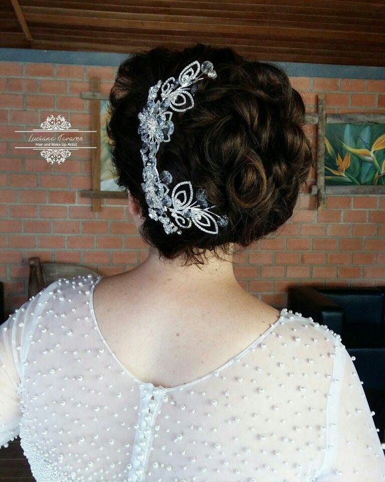 noivinha #makeup #maquiagem #lucianatavaresmakeup #wedding #cabelodenoiva #penteado #coque #coquepreso #delineado #noiva #dress #produção #maquiadora #cabelosolto