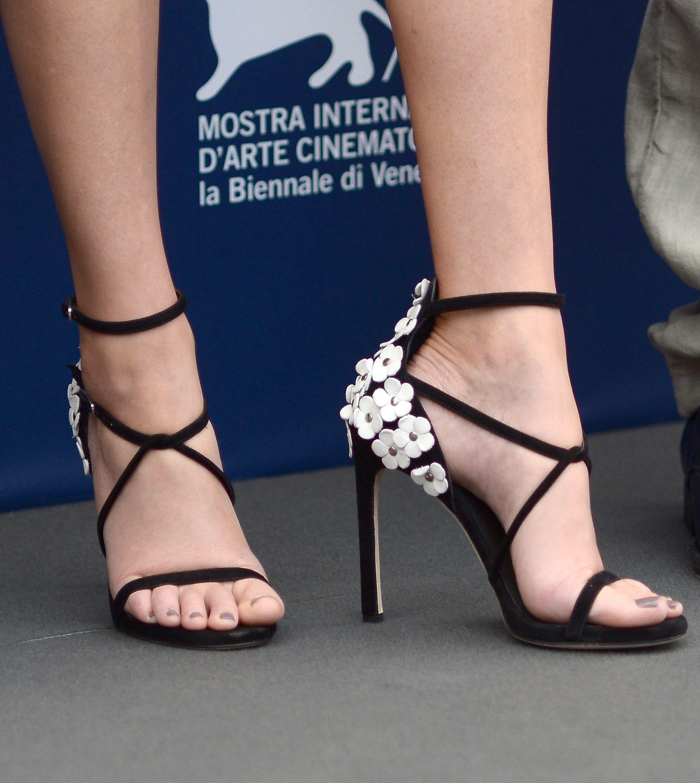 Elizabeth Banks S Feet Women S Feet Heels Feet