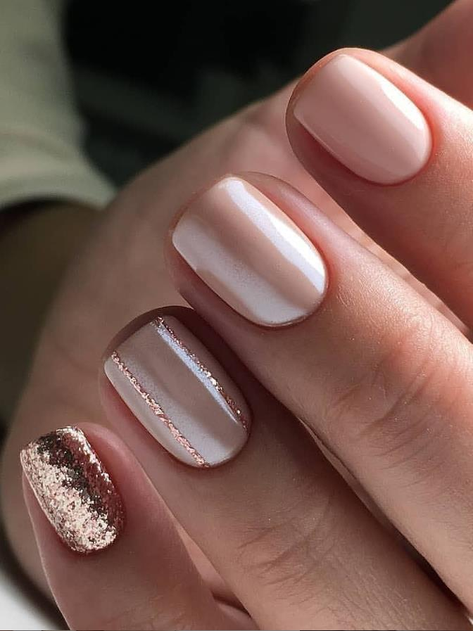 33 Trendy Natural Short Square Nails Design For Spring Nails 2020 Latest Fashion Trends For Woman In 2020 Square Nail Designs Rose Gold Nails Design Rose Gold Nails