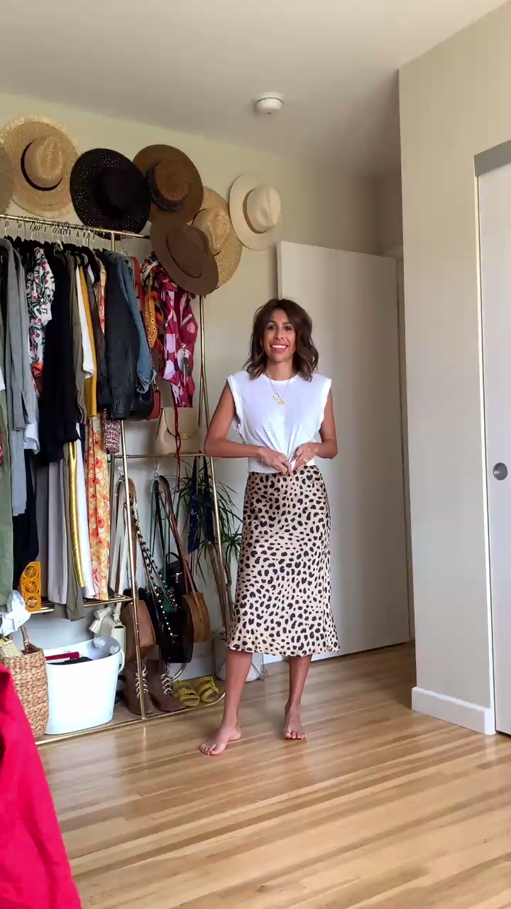 Outfit Video: 1 Realisation Par Leopard Skirt, 6 Ways
