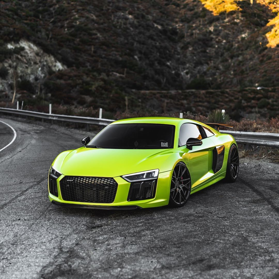 Super Street On Instagram An Audi R8 And Curvy Roads The Perfect Combo Superstreet Superstreetme Audi R8 Audir8 Am In 2020 Audi Sports Car Audi Super Cars
