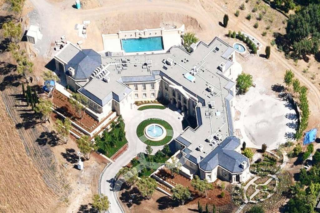 This 85,000 square foot mega mansion is under construction in ...