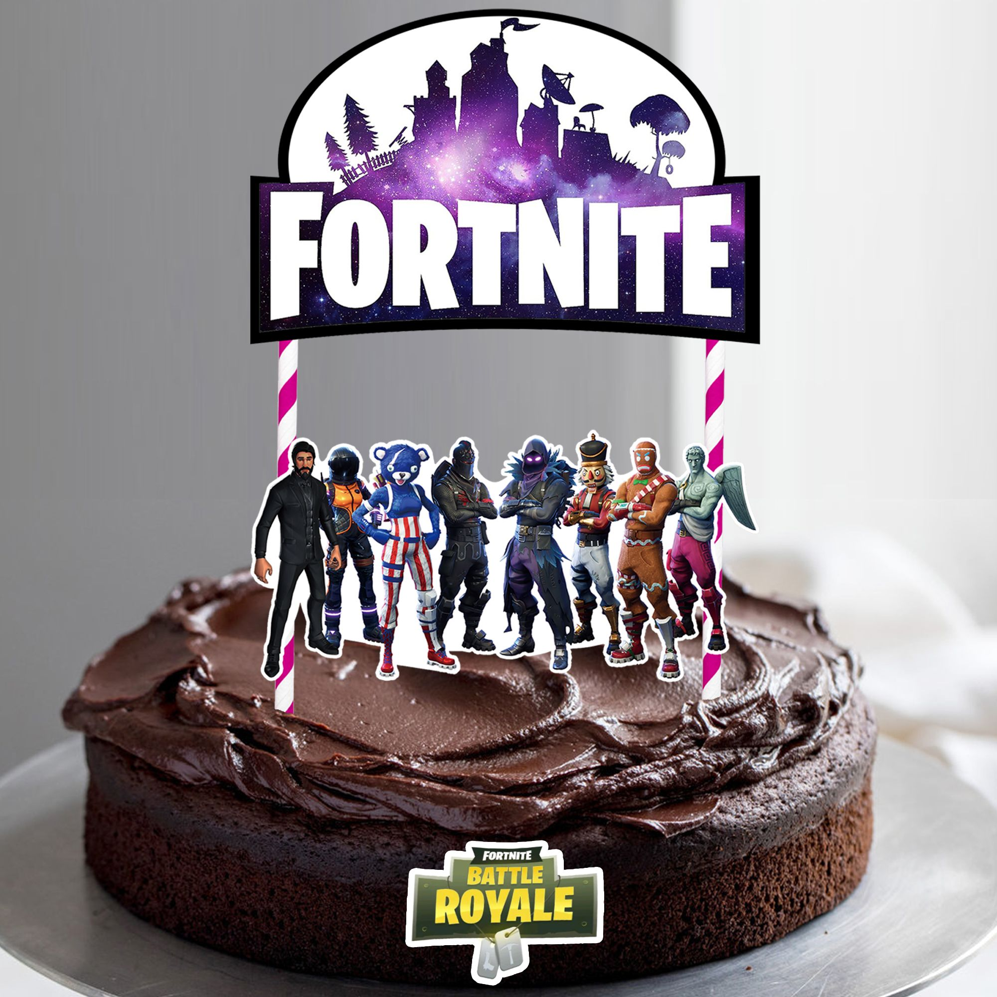 Fortnite cake topper with some legends characters love