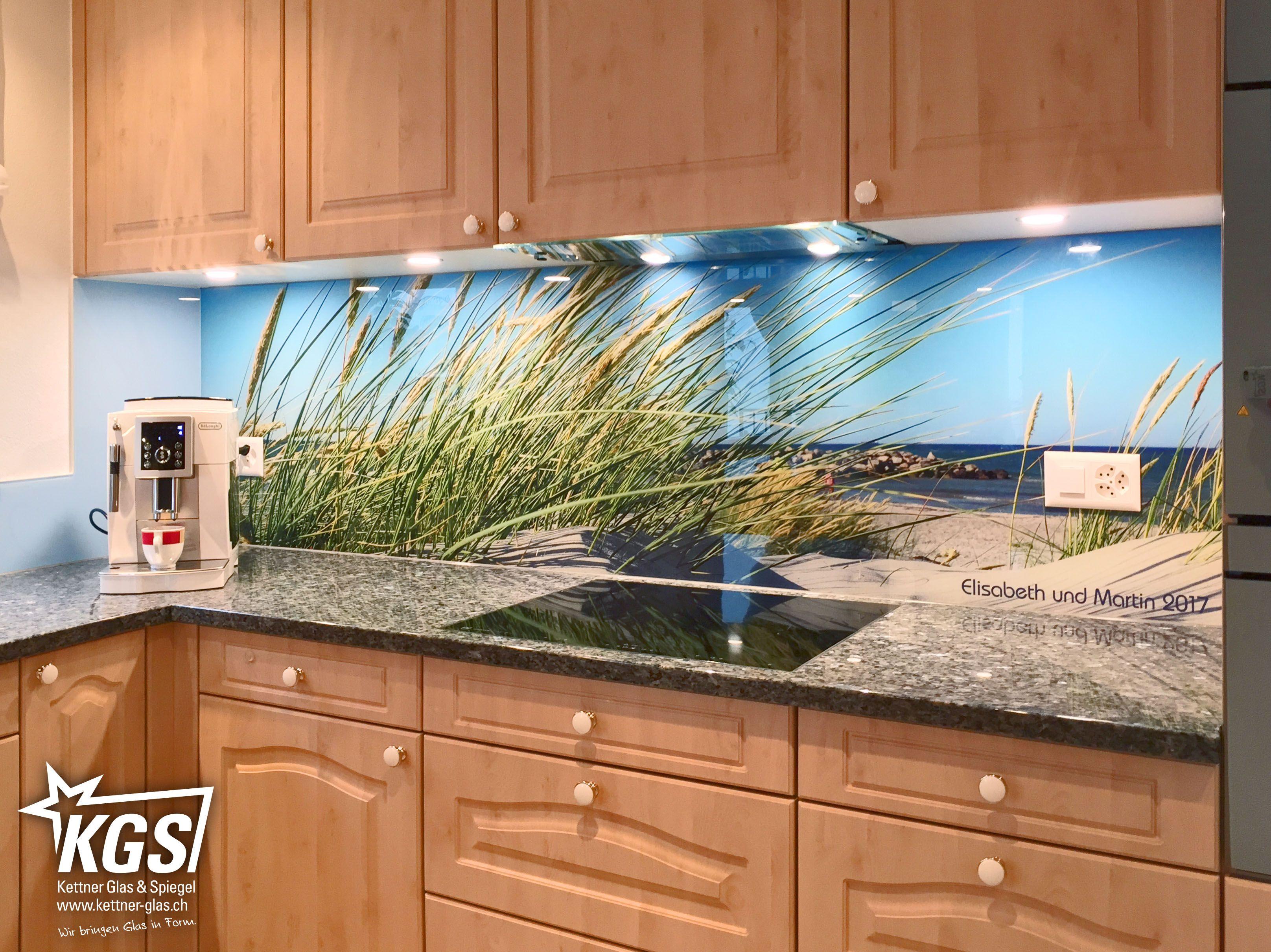 Glasküchenrückwand mit personalisiertem Nordsee-Digitaldruck auf