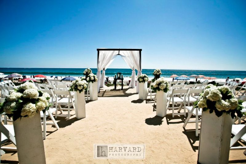 Crystal Cove Newport Beach Wedding Ceremony Harvard Photography Simply Sweet Weddings Events Petals By Xavi