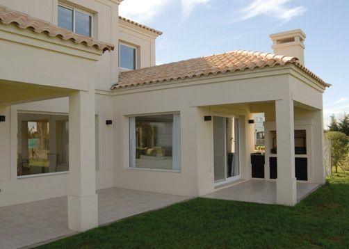 Tejas beige casa casas californianas casas for Fachada de casas modernas con tejas