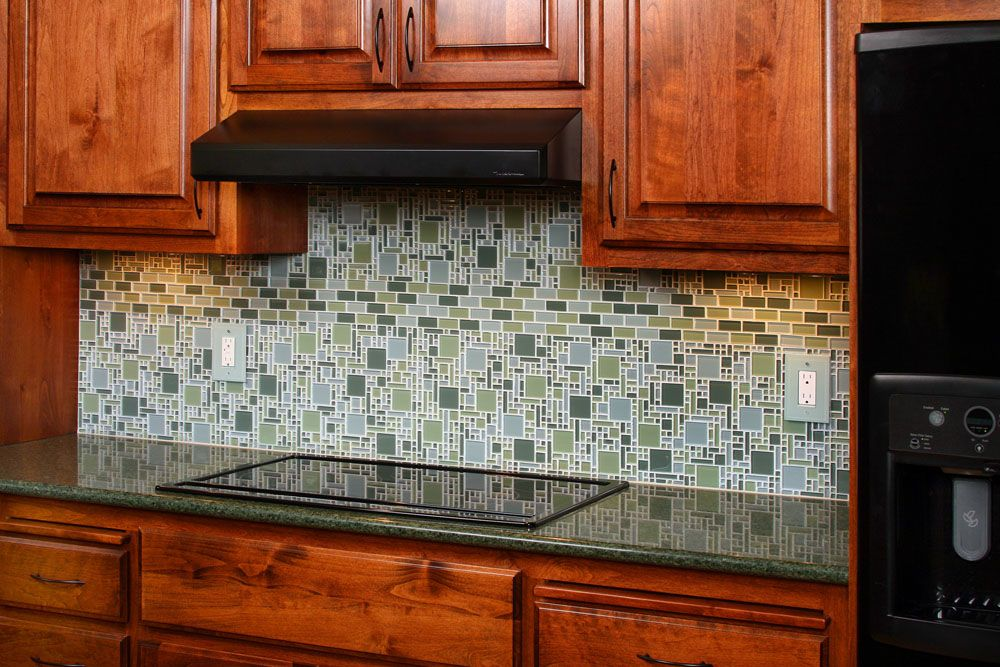 Mosaic Tile Kitchen Backsplash With Oak Kitchen Cabinet Set Ideas