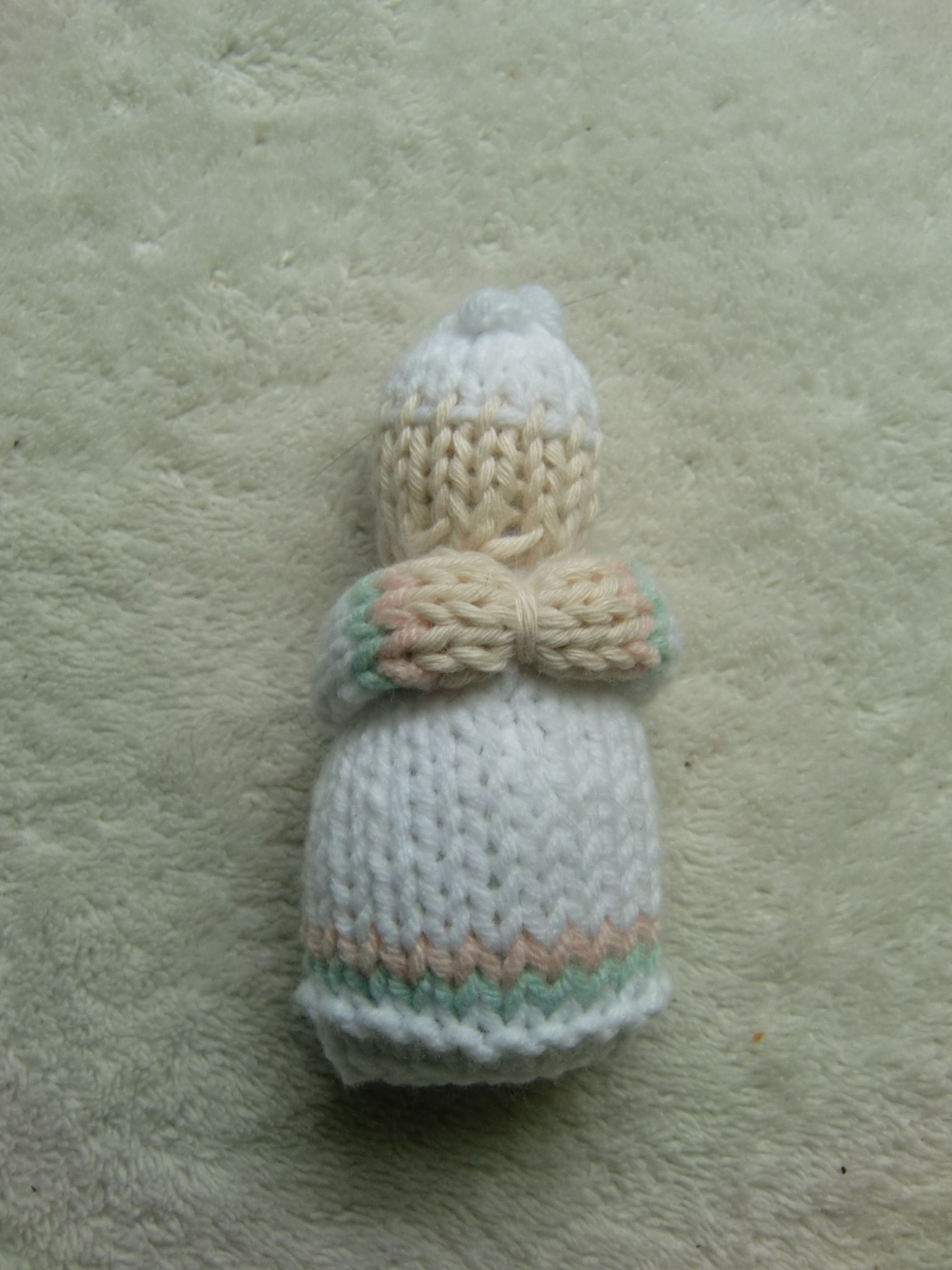 knitted doll for tiny hands